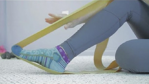 Thumbnail image for Ballet Foot Stretching Exercises With Resistance Bands