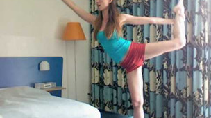 Thumbnail image for Hotel Yoga Routine