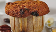Moist and Healthy Pumpkin Muffins