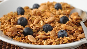 Thumbnail image for Simple Homemade Granola