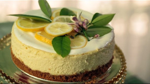 Thumbnail image for Cheesecake Topped With Lemon