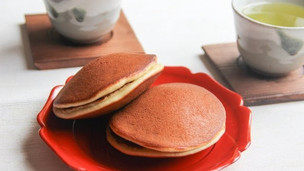 Thumbnail image for Easy Japanese Dorayaki Recipe