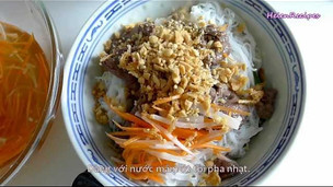Thumbnail image for Vietnamese Beef Noodle Salad