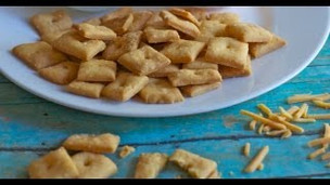 Thumbnail image for Homemade Cheese Crackers