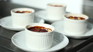 Thumbnail image for English Date Pudding