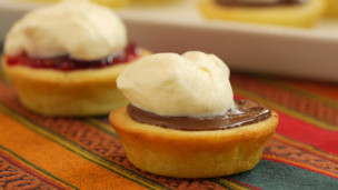 Thumbnail image for Mini Mochi Cakes