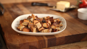 Thumbnail image for Crispy Homemade Croutons