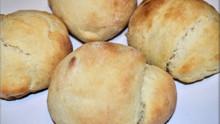 How to Make Filipino Pandesal Dinner Rolls
