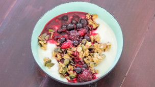 Thumbnail image for Frying Pan Granola & Fruit