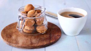 Thumbnail image for Baci di Dama Biscuits