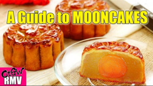A Guide to Chinese MOONCAKES!