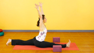 Thumbnail image for Vinyasa Flow with Splits