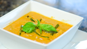 Thumbnail image for Sweet Thai Chicken Curry