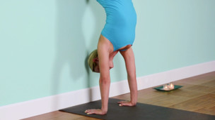 Thumbnail image for Handstand: Basic Practice