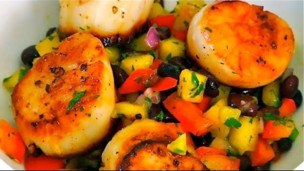 Thumbnail image for Pan Seared Scallops With Mango Black Bean Salsa