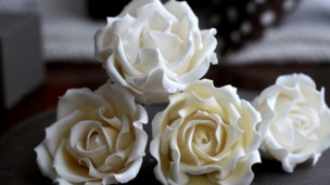 Thumbnail image for Fondant - How to Make a Sugar Rose