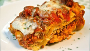 Thumbnail image for How to Make Crock Pot Lasagna