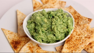 Thumbnail image for Quick Homemade Guacamole