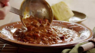 Thumbnail image for How to Make Beef and Bean Chili