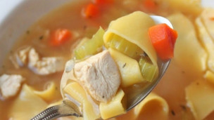 How to Make Classic Chicken Noodle Soup