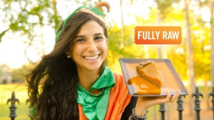 Thumbnail image for FullyRaw Pumpkin Pie!