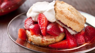 Thumbnail image for Easy Strawberry Shortcakes