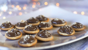 Thumbnail image for Nutella Cheesecake Bites