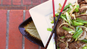 Thumbnail image for Stir-fried Beef and Onions