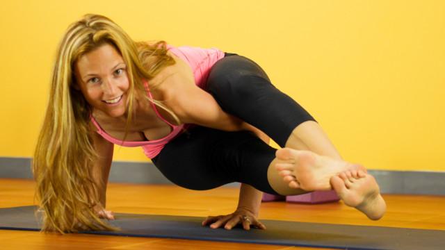 Advanced Eight-Angle Pose