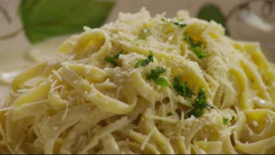 Thumbnail image for How to Make Alfredo Sauce
