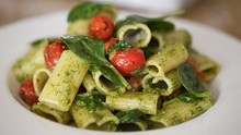 Rigatoni with Pesto
