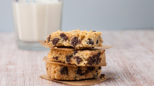 Thumbnail image for Chocolate Chip Shortbread Bars
