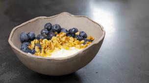 Thumbnail image for Greek Yogurt With Honey, Nut & Fruit